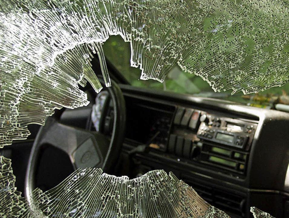 Böse Überraschung für jeden Autofahrer...e ein begehrtes Ziel von Autoknackern.  | Foto: Brigitte Sasse