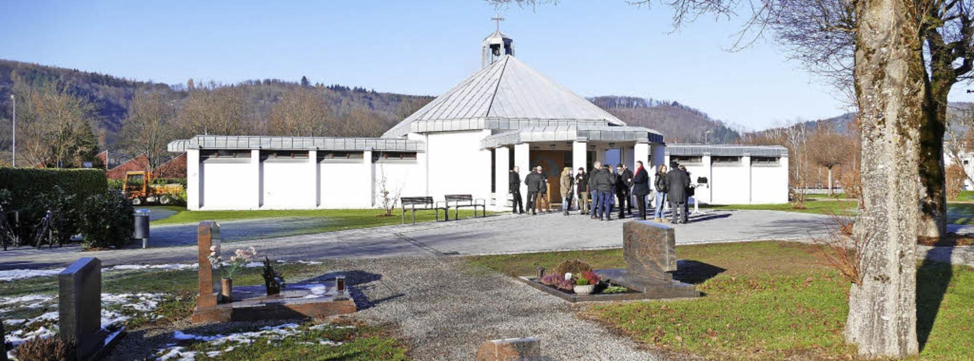 Die Friedhofshalle in Fahrnau befindet...beiten sind weitgehend abgeschlossen.   | Foto: André Hönig