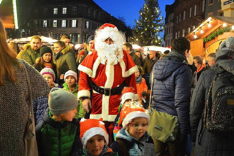 Impressionen vom ersten Tag des Lörracher Weihnachtstags (Foto: Barbara Ruda)