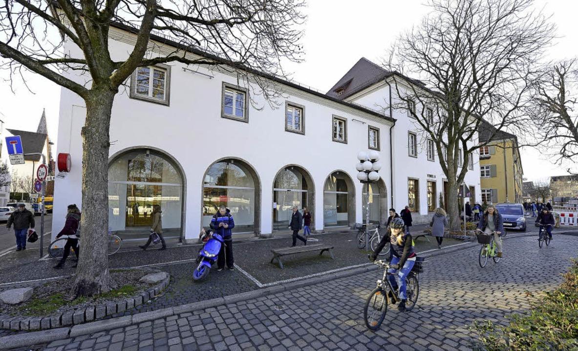 Zum Rotteck-Haus gehören das frühere  ...ben das Eckhaus an der Rathausgasse.    | Foto: Ingo Schneider
