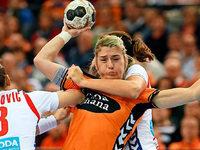 Handballerin kurz nach Geburt ihrer Tochter bei WM dabei