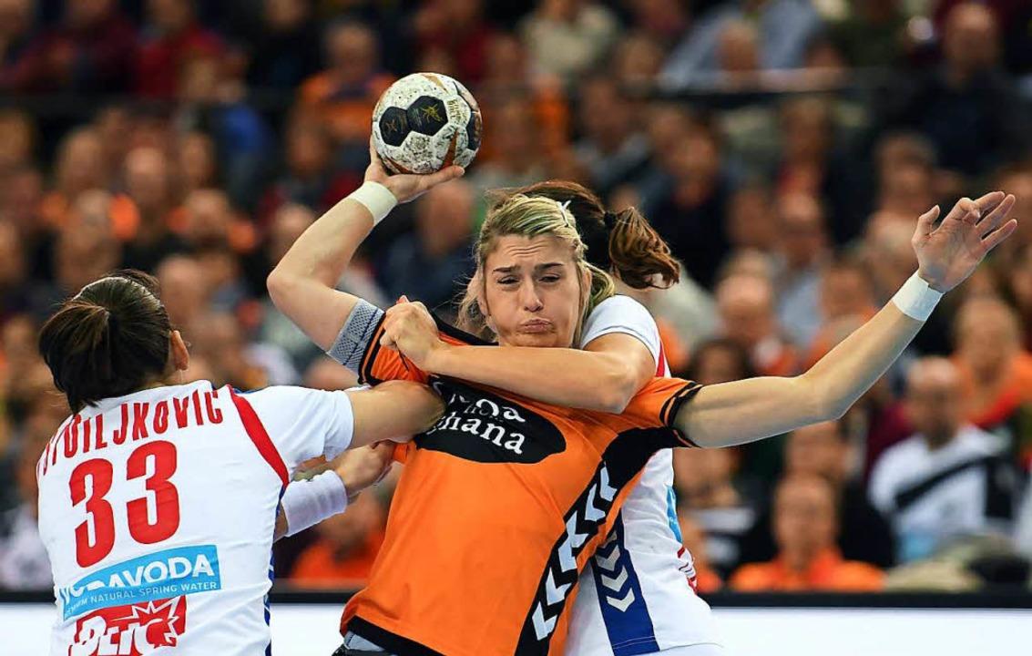 Estavana Polman bei der WM gegen Serbien  | Foto: ZB