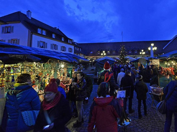 Munziger Weihnachtsmarkt im Schloss Reinach