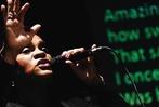 Fotos: 400 Menschen singen beim BZ-Singalong mit Cécile Verny im Freiburger Jazzhaus