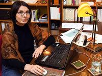 Manuela Fuelle erhält den Thaddäus-Troll-Preis