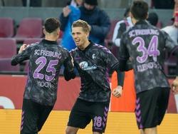 Bilder zum Spiel: Petersen sorgt für Auswärtsdreier in Köln