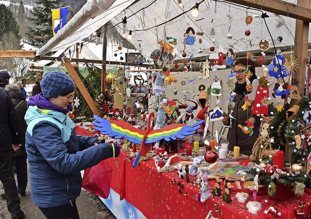 Weihnachtsmarkt in Präg mit vielfältigem Angebot  | Foto: Ulrike Jäger