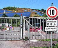 """Auf Wehrer Kreismülldeponie soll """"schwach radioaktive Produktionsschlacke"""" der Firma H.C. Stark aus Laufenburg gelagert werden"""