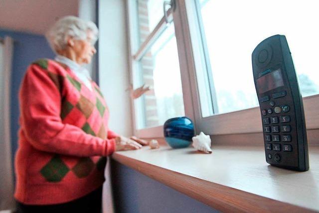 Neues Hilfe-Telefon für Angehörige von Pflegefällen