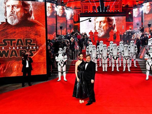 Schauspielerin Daisy Ridley und ihr Kollege Mark Hamill
