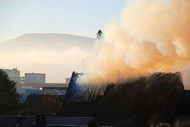 Hoher Sachschaden bei Feuer in Grenzacher Gasthaus Löwen