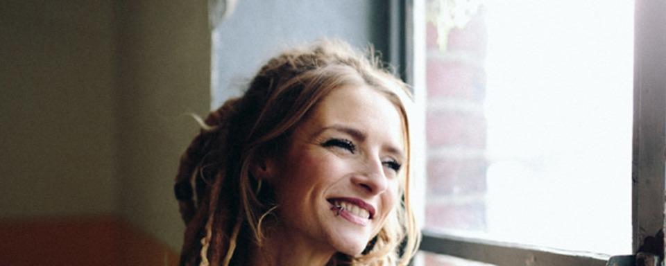 Von Musen & Matrosen: Liedermacherin Sarah Lesch tritt in Freiburg auf