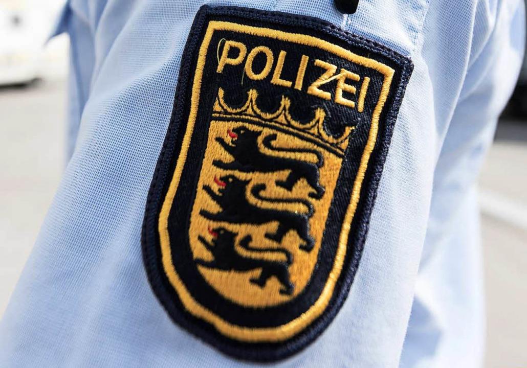 Die Polizei nahm einen Mann fest, der ...esser bedroht haben soll (Symbolbild).  | Foto: dpa