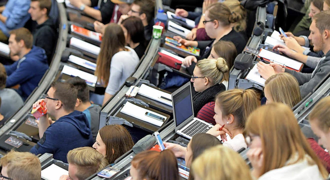 Studieren auch ohne abitur beruf karriere badische for Ohne abitur studieren