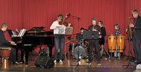 Musikunterricht für fast 1000 Schüler