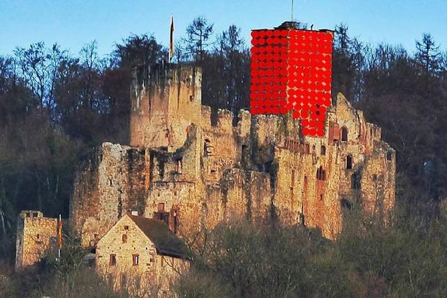 4000 Luftballons sollen die Lörracher Burg Rötteln umhüllen