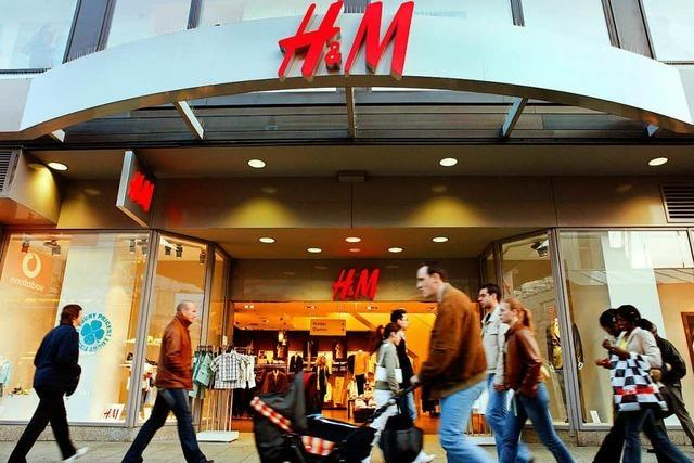 Modeunternehmen H&M will Filialen schließen