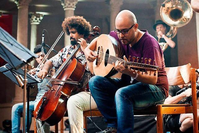 Musikgruppe aus Flüchtlingen und Deutschen ist Dresdens Muntermacher