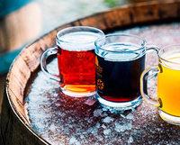 Gekühlt oder mit Bier vermischt: Wein mal ganz anders serviert