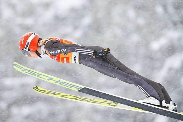 Svenja Würth stürzt beim Weltcup in Hinterzarten