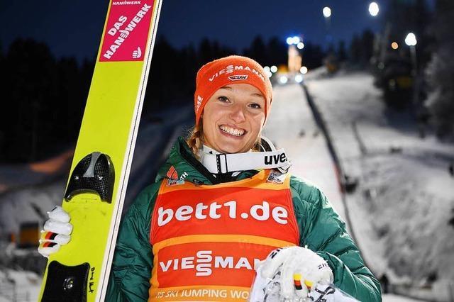 Deutsche Skispringerinnen stark in Hinterzarten