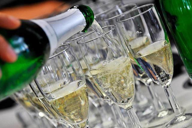 Alkohol: Wie Eltern ein gutes Vorbild sein können