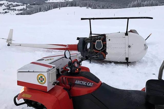 Wie kann der notgelandete Helikopter bei Todtnau geborgen werden?