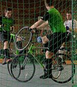 Pokal-Aus für Radballer