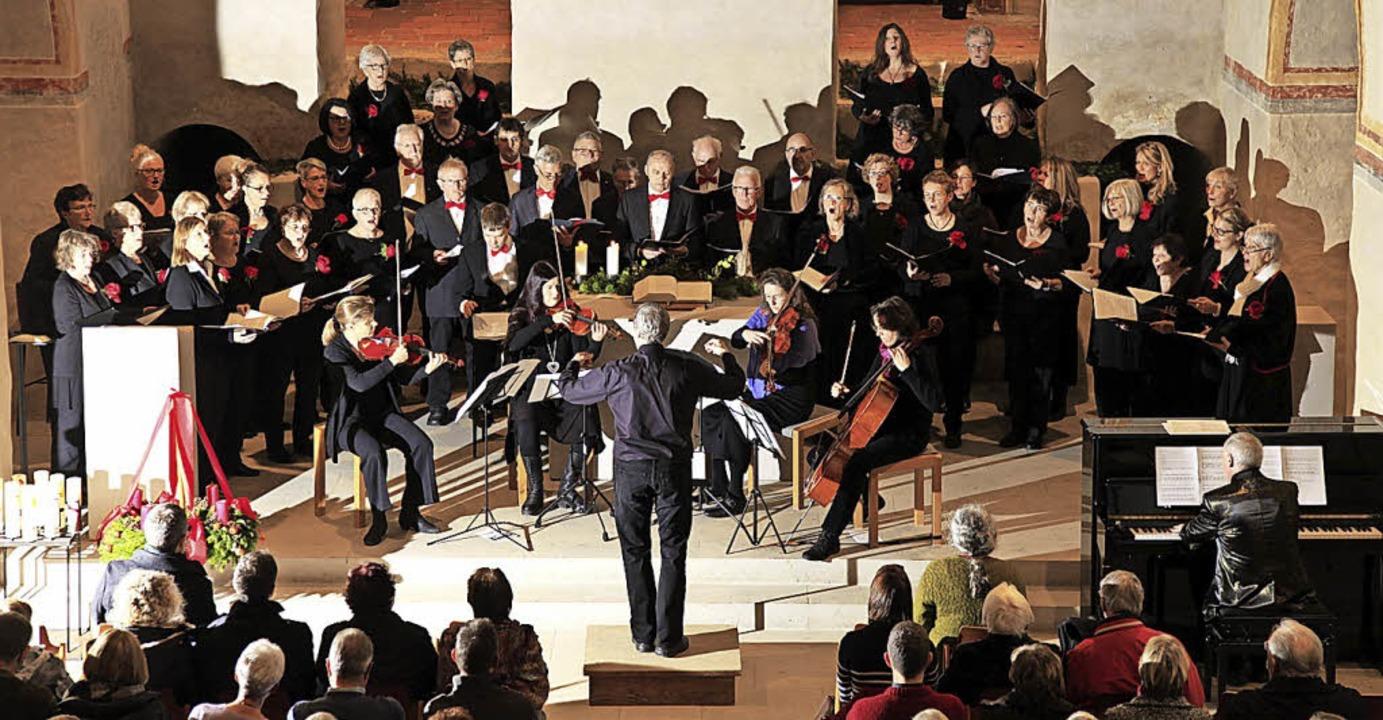 Vielfältiges Adventskonzert in St. Cyriak    Foto: Gesangverein Sulzburg