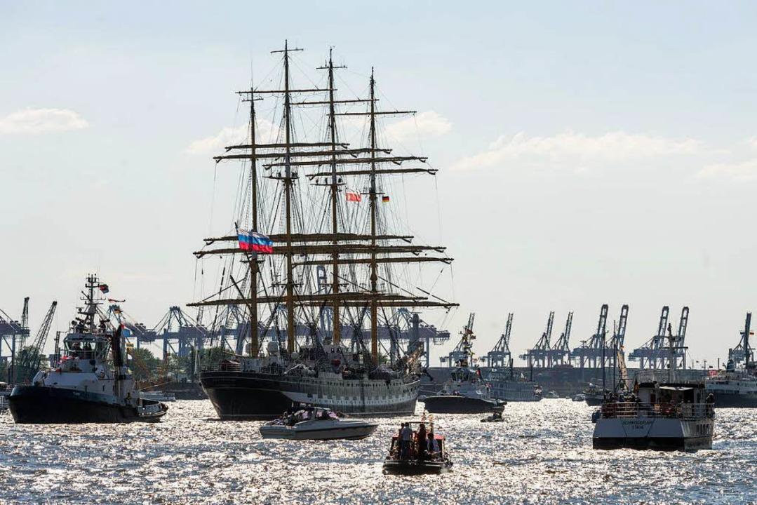 Das größte Hafenfest der Welt, Hamburg...en die BZ-Leser an Bord eines Seglers.  | Foto: ©HMC, Romanus Fuhrmann
