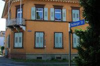 Die spannende Geschichte der Hochburgerstraße 50