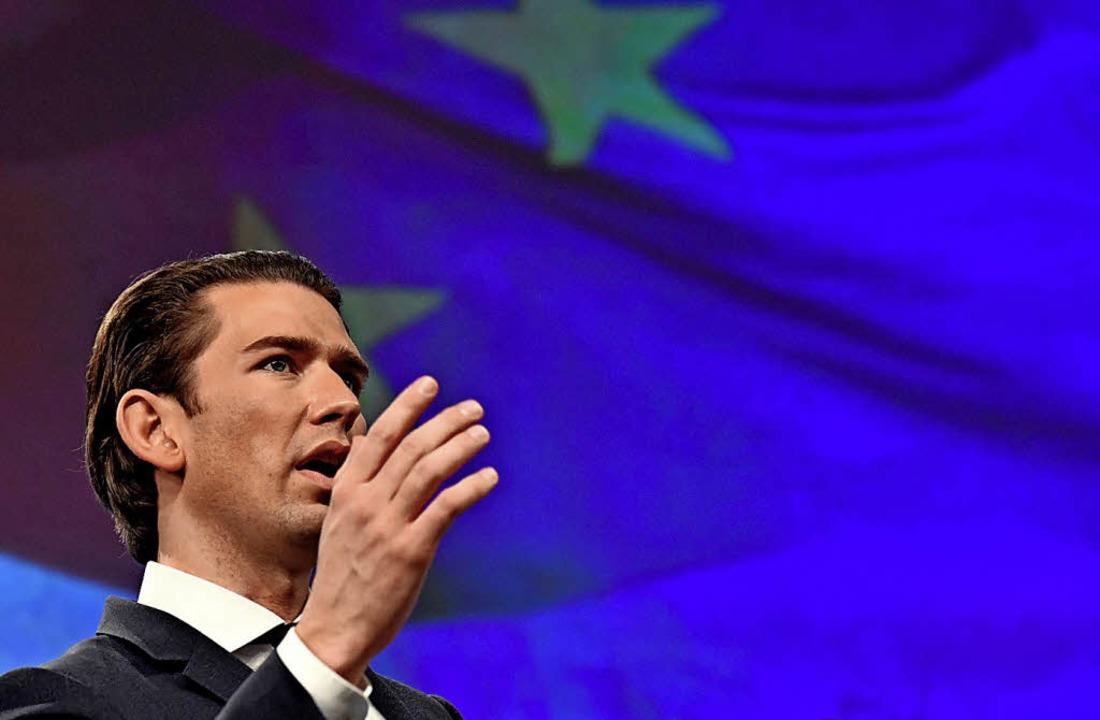 Österreichs neuer Bundeskanzler Sebast... (ÖVP) beim Antrittsbesuch in Brüssel     Foto: dpa