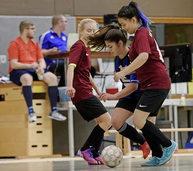 Premiere beim SC Lahr: Die Mädels kicken mit