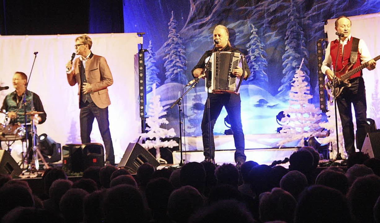 Hansy Vogt und Die Feldberger bei ihrer Weihnachtsrevue  | Foto: Hans Jürgen Kugler