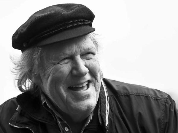 """Der Country- und Schlagersänger Gunter Gabriel  landete in den 1970er Jahren mit Hits wie """"Er ist ein Kerl (Der 30 Tonner Diesel)"""" oder """"Hey Boss, ich brauch mehr Geld"""" in den Hitparaden. Der Musiker lieferte aber auch mit Eskapaden und Schulden viel Stoff für die Boulevardpresse. Gabriel verstarb am 22. Juni mit 75 Jahren."""