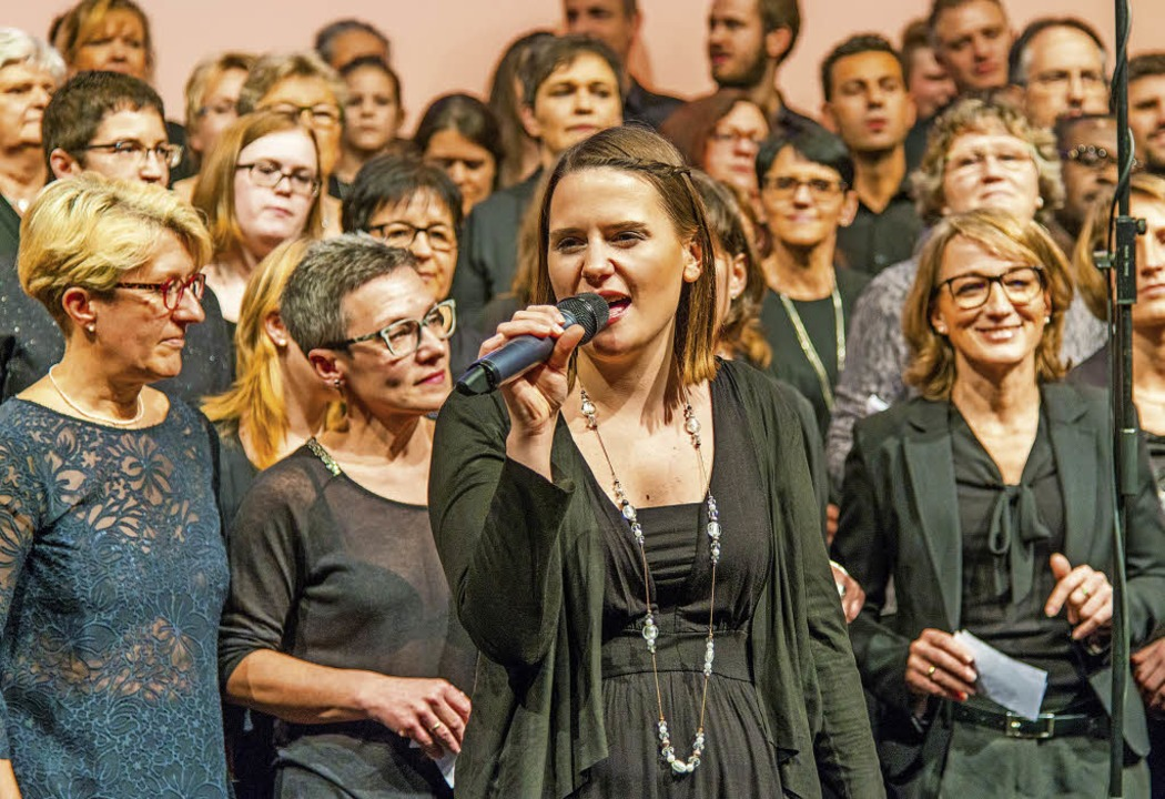 Die Freude am Singen ist den Golden Harps ins Gesicht geschrieben.   | Foto: Olaf Michel