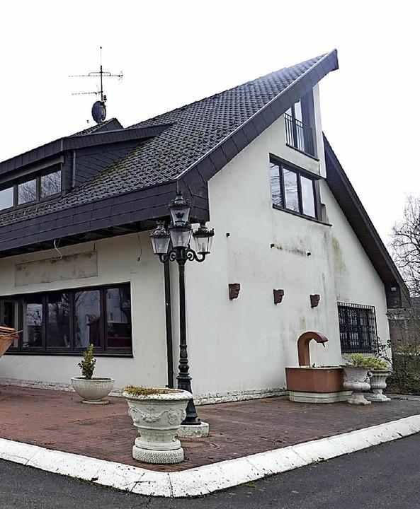 … ein neues Rathaus  | Foto: vl(2)/mfs