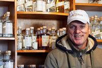 Ein Ortenauer Brenner trotzt dem Fall des Branntweinmonopols