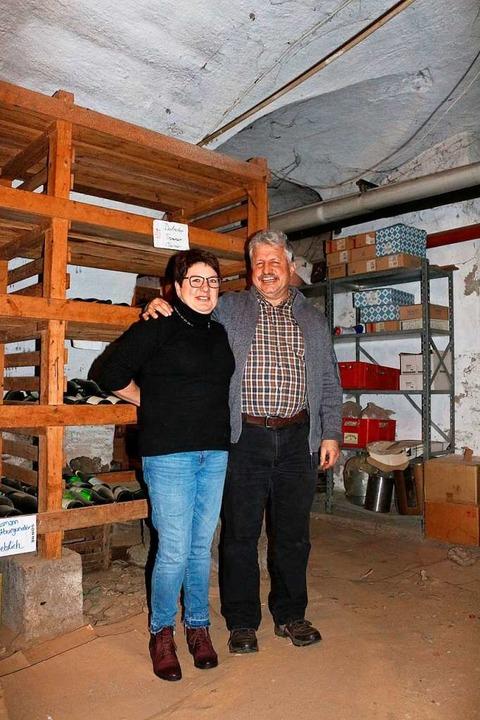 Die Wirtsleute Helga und Ferdinand Leh...turelle Veranstaltungen entstehen soll  | Foto: Karin Heiß