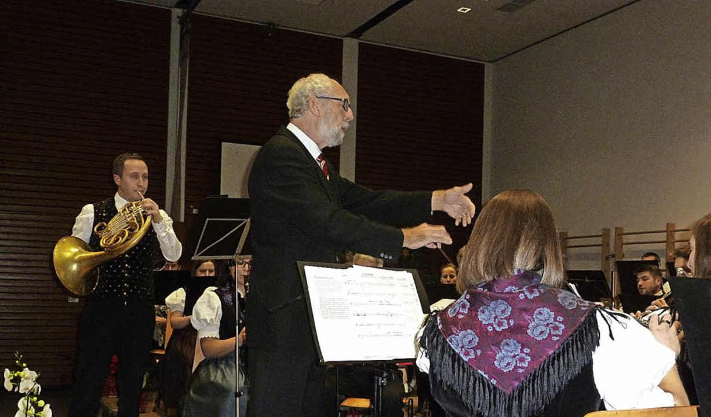 Ein niveauvolles Jahreskonzert gab die...dem Horn-Solisten Matthias Hasenauer.   | Foto: Eberhard Gross