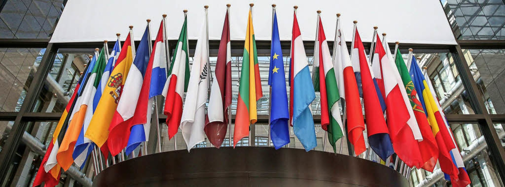 Noch hat die Europäische Union 28 Mitg...n halbes Jahr die Ratspräsidentschaft.  | Foto: dpa