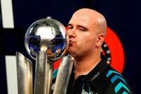 Cross ist neuer Darts-Weltmeister – Legende Taylor tritt ab