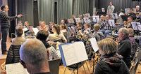Musikverein Auggen spielt in Auggen