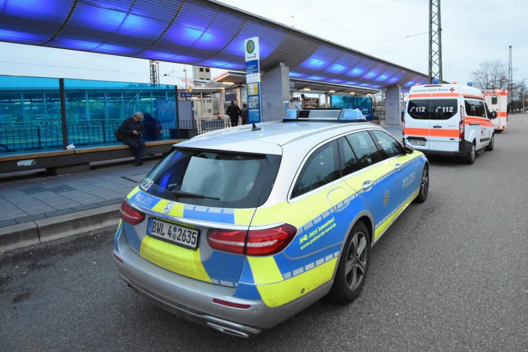 Am Bahnhof in Emmendingen hat es einen...egeben. Die Rheintalbahn ist gesperrt.    Foto: Jonas Hirt