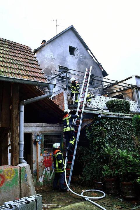 Brand in der Hubertsgasse im Ortskern von Zunsweier  | Foto: Wolfgang Künstle