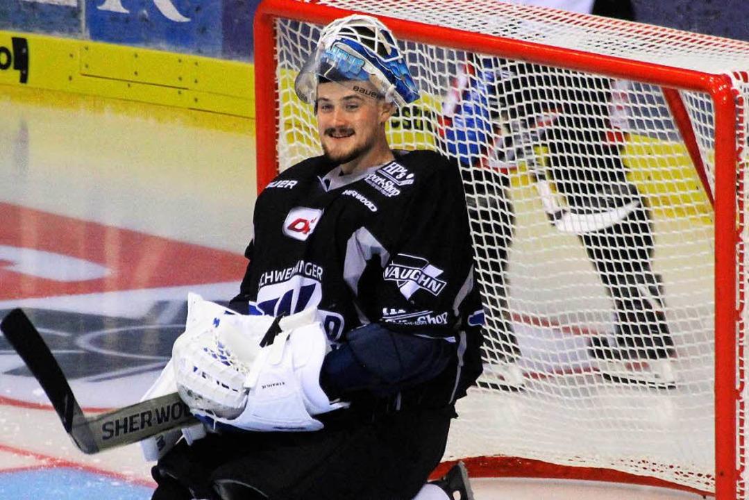 Er ist der große Rückhalt der Schwenni...Wild Wings: Torwart Dustin Strahlmeier  | Foto: Wittmann