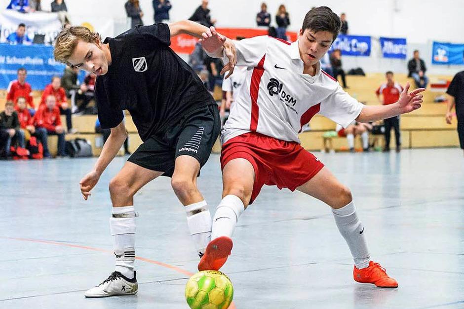 Drei Tage lang spielten die Jugendteams beim Hallenmasters des SV Schopfheim. Clubs von Weil über Lörrach, das Wiesental und bis in den Klettgau waren vertreten. (Foto: Gerd Gruendl)