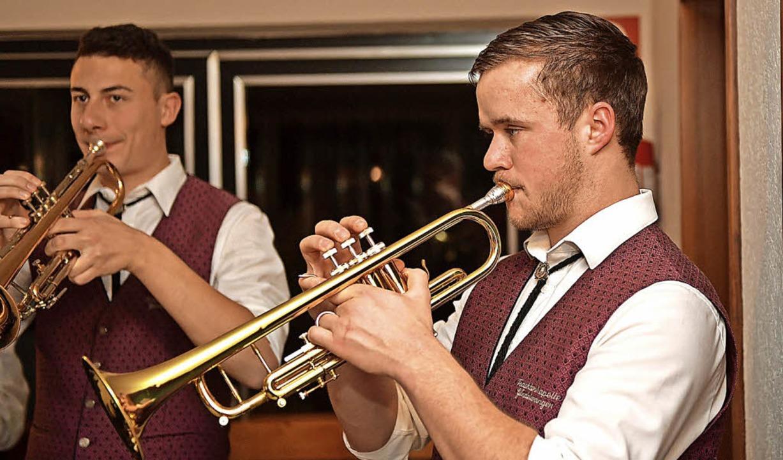 Kai Hofmeier begeisterte mehrfach mit seinen Solo-Einlagen auf der Trompete.  | Foto: Wolfgang Scheu