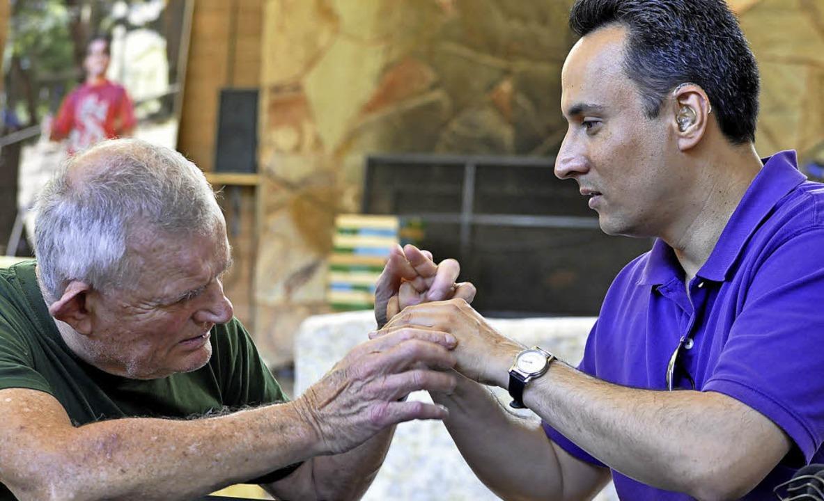 Kommunikation ist für Taubblinde nur m...ssen Augen; Ohren und Mund ersetzen.    | Foto:  Marilyn Bogerd for LightHouse for the Blind and Visually Impaired