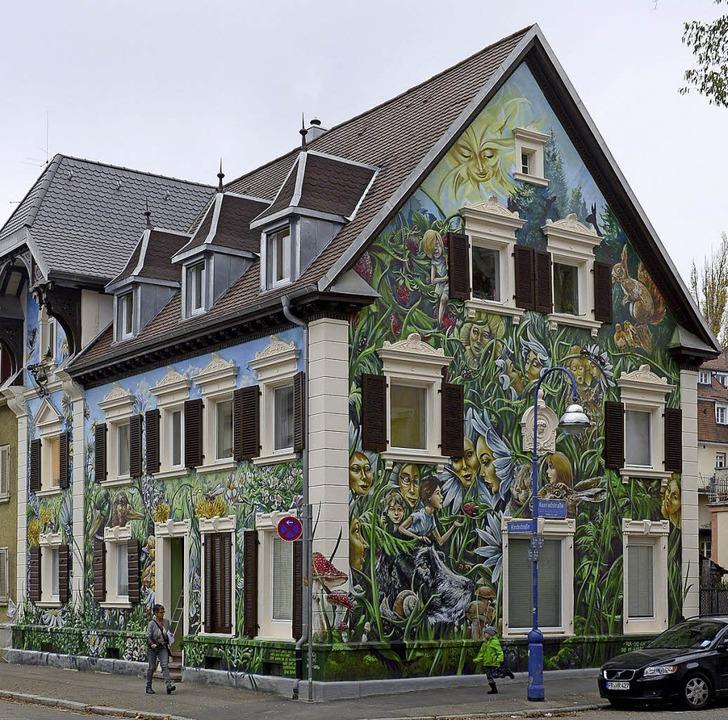 Wegen der Fassadengestaltung dieses ve...der Denkmalschutz nicht mehr besteht.   | Foto: Ingo Schneider